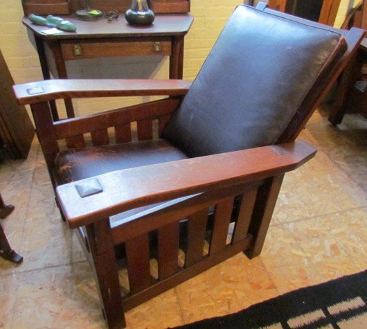 This Stickley Brothers Quaint Morris Chair Shows A Remarkable Resemblance  To Gustavu0027s No. 369 Morris