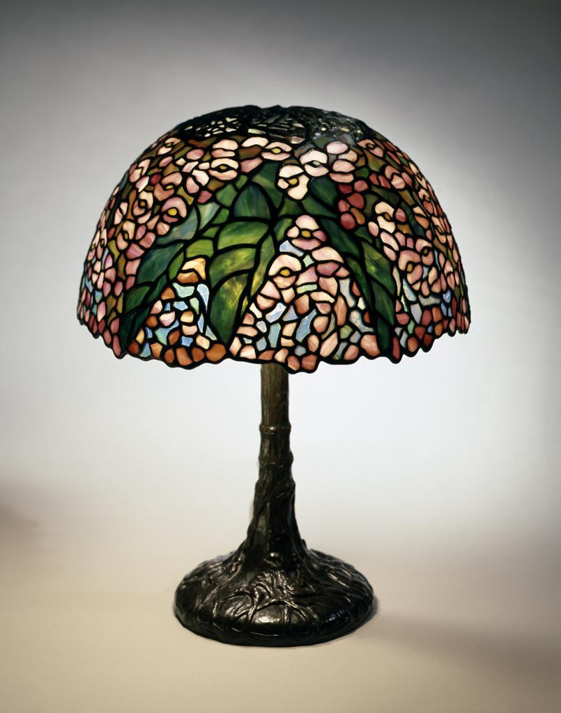 Painting Glass Lamps Tiffany Glass Continues To Make Lighting Magical