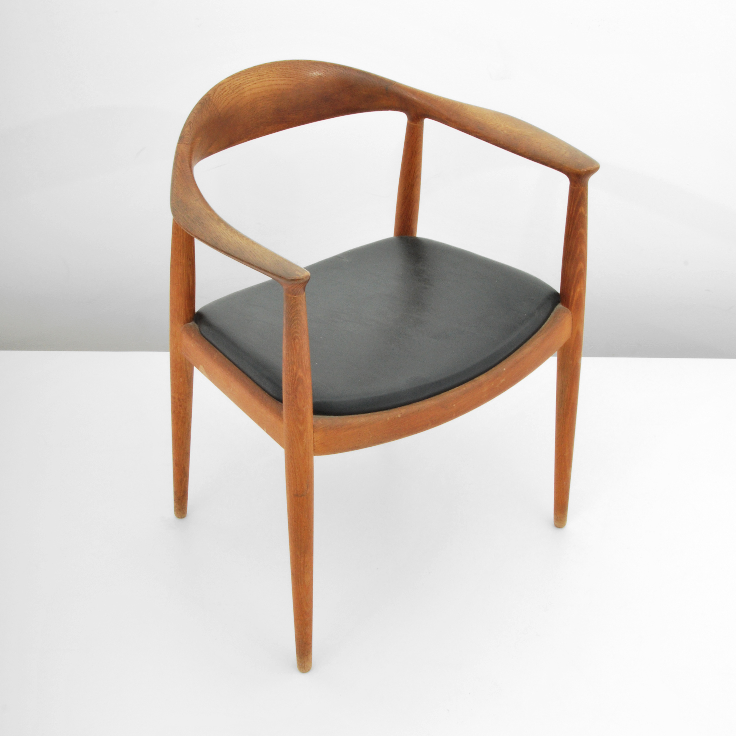 wegners famous round chair also known simply as the chair was chosen