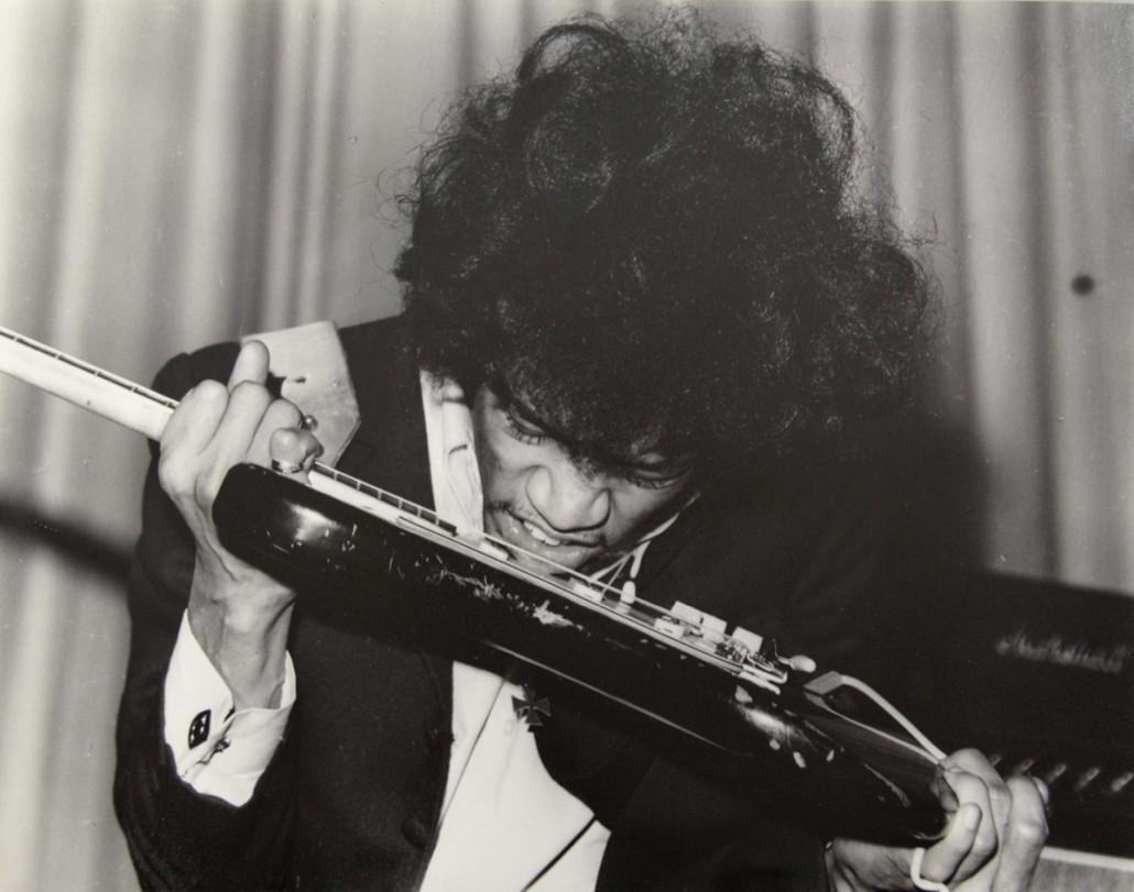Jimi Hendrix by Harry Gooodwin. Photo Ewbank's auctioneers
