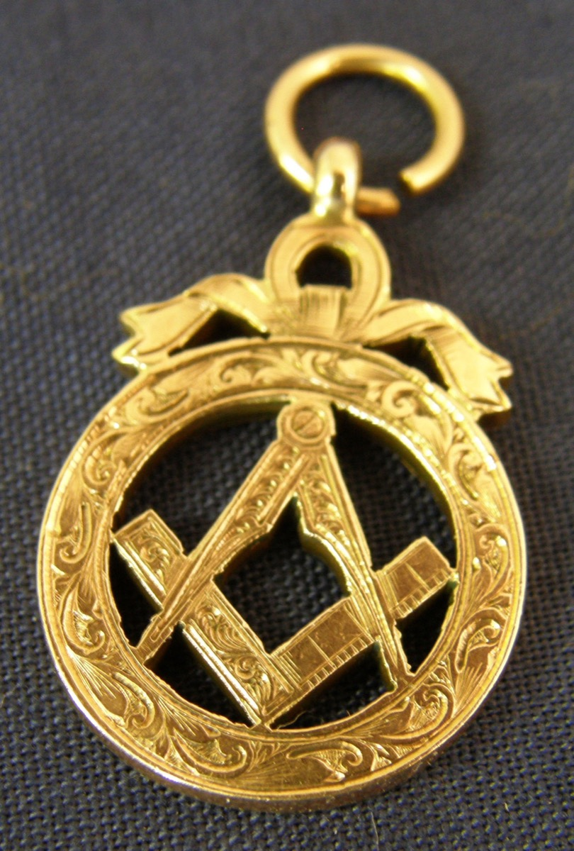 Miscellaneana: Freemasonry memorabilia comes with a price