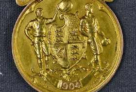 1904 championship medal to star in Mullocks sports auction Dec. 10