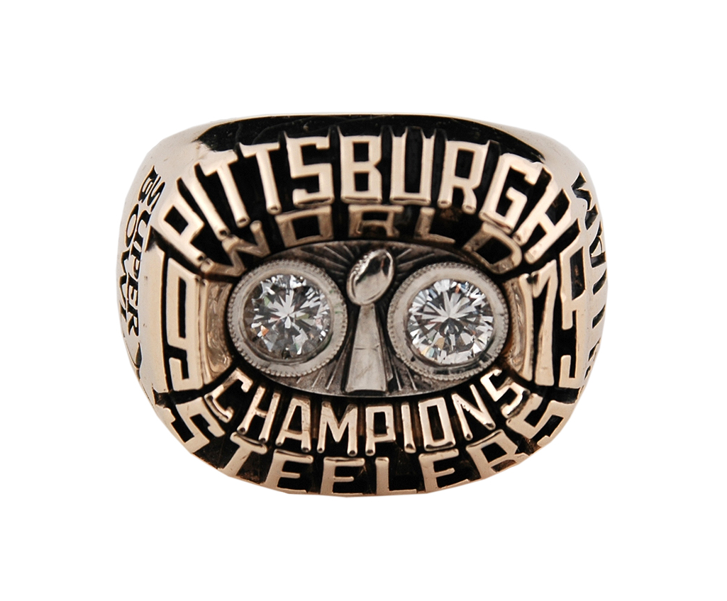 Joe Gilliam Super Bowl ring that sold in a Lelands' auction in 2011 for $38,423. Image courtesy of Lelands